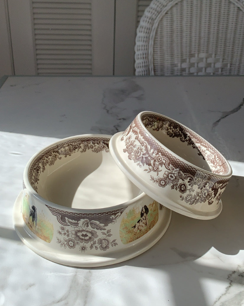 OLD FASHIONED TOILE DOG BOWL