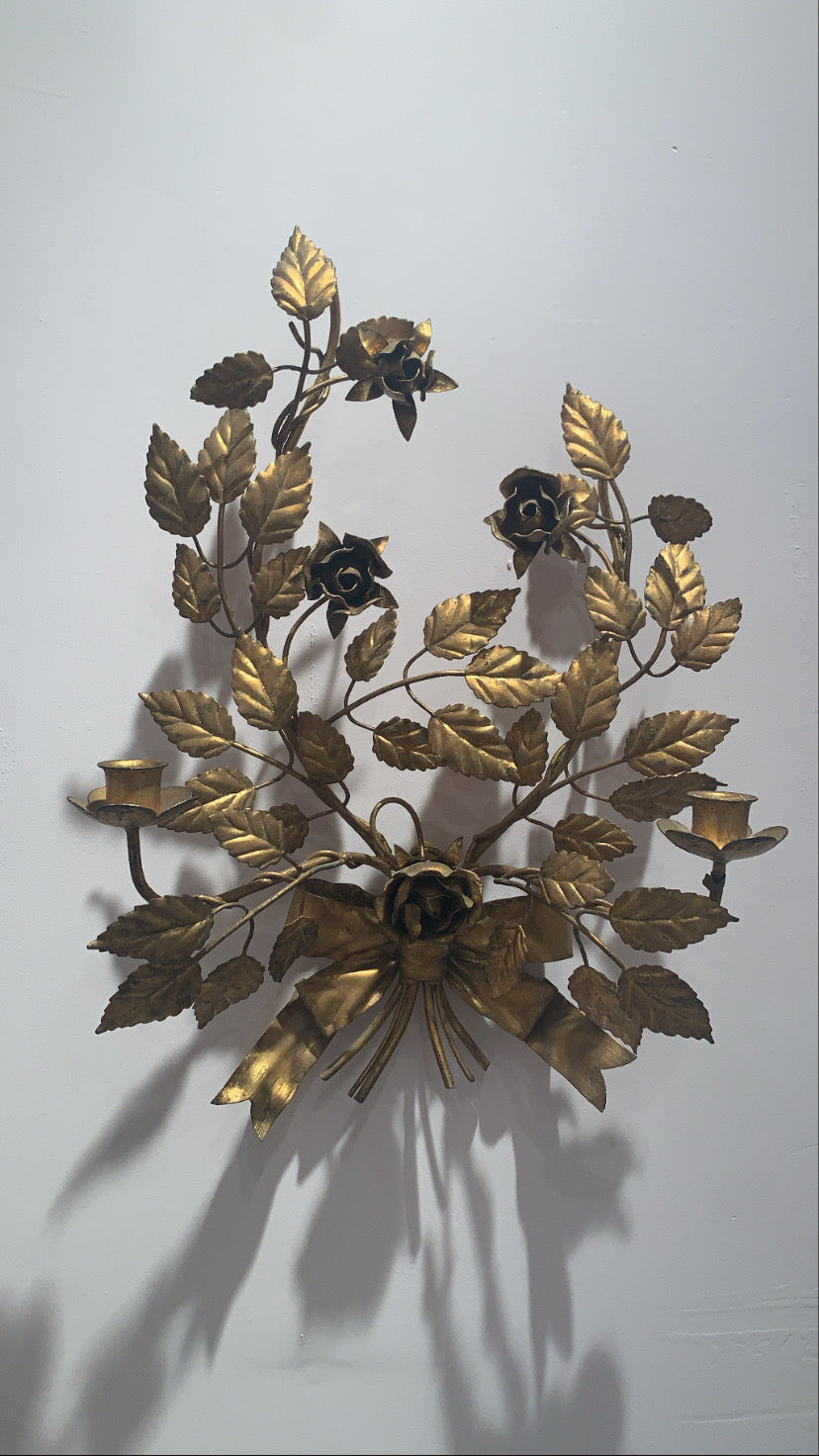 VINTAGE ITALIAN TOLE GOLD BOW AND FLORAL WALL SCONCE