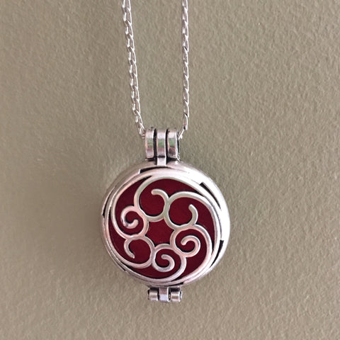 Swirl Diffuser Necklace