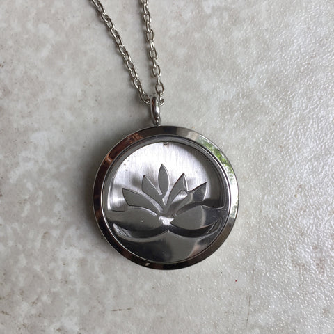 Diffuser Necklace - Lotus Flower