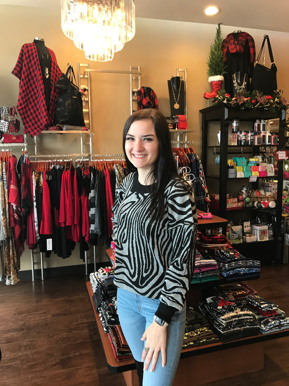 BLACK AND WHTIE ZEBRA PRINT SWEATER