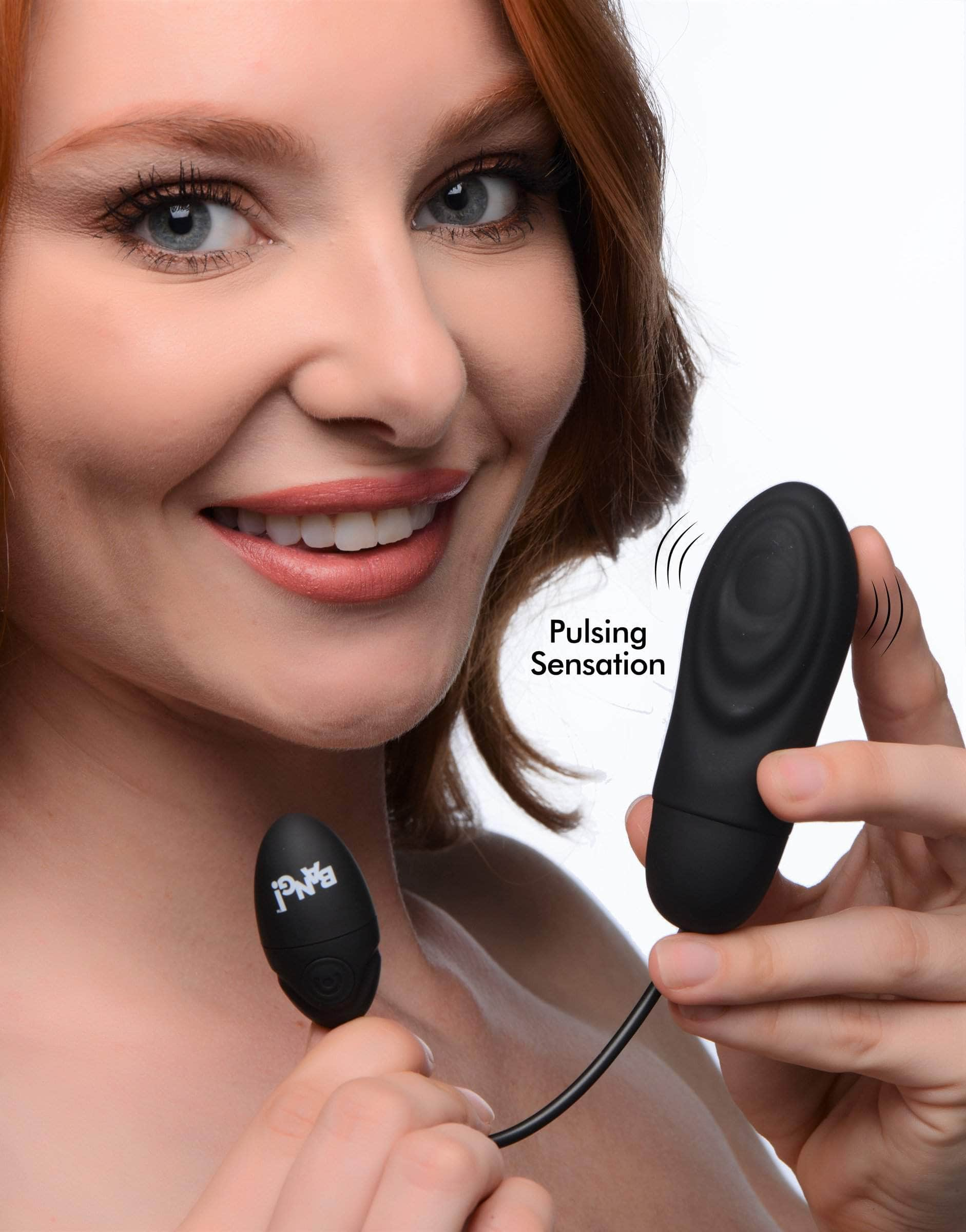 7x Pulsing Rechargeable Silicone Vibrator - Black