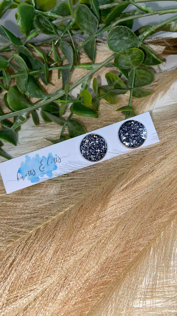 Charcoal Glitter Resin 16mm Studs