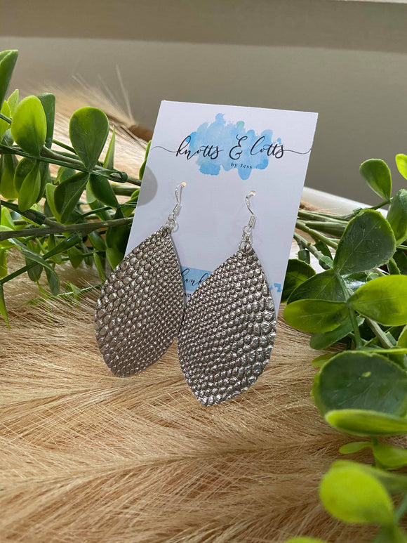 Metallic Grey Scale Diamond Shape Earrings