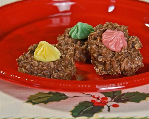 Chocolate Macaroon Christmas Cookies