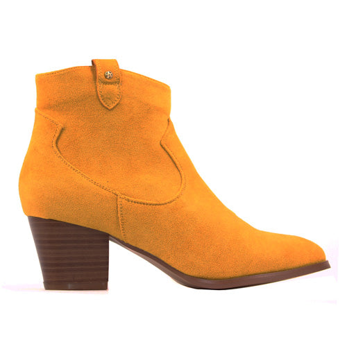 Escape  Ankle Boots - Rumford - Mustard