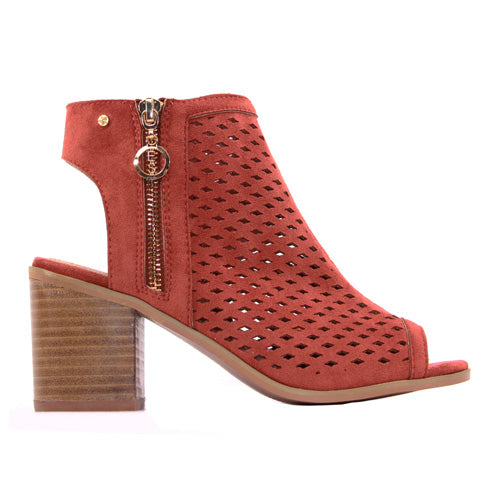 Escape Block Heeled Sandals - Cashiers - Rust