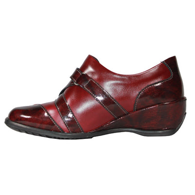 Suave Leather Wedge Shoe - Cluster - Burgundy Red