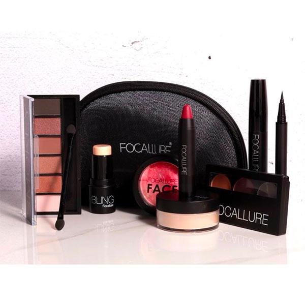 Ensemble de maquillage de la marque FOCALLURE