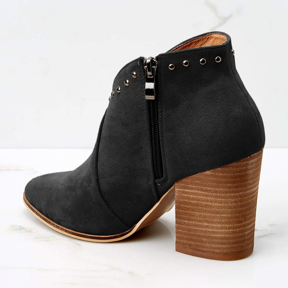 Sofiawears Rivet Pointed Suede Boot