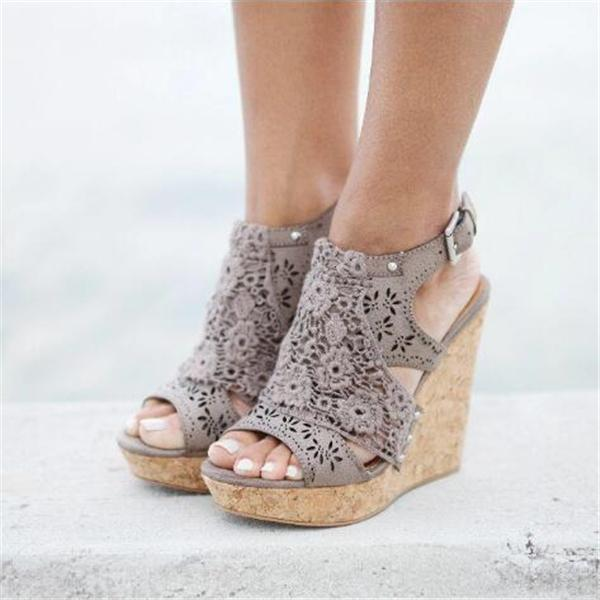 Sofiawears Candace Taupe Wedges