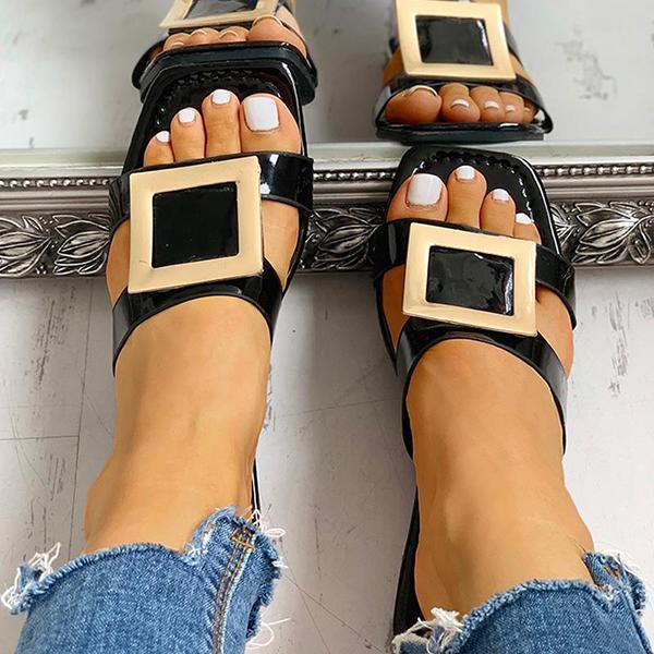 Sofiawears Square Toe Buckled Flat Sandals
