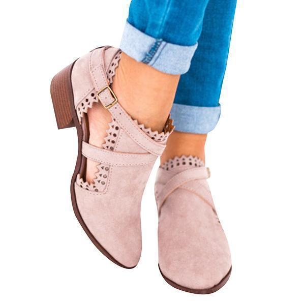 Sofiawears Cut Out Scalloped Booties