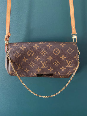 Louis Vuitton Favorite PM monogram crossbody