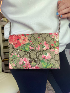 Gucci Dionysus Blooms wallet on chain