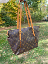 Load image into Gallery viewer, Louis Vuitton Totally PM monogram