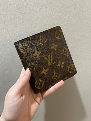 Louis Vuitton Bifold monogram wallet - 2