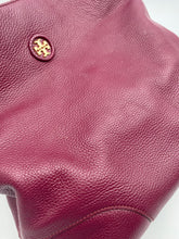 Load image into Gallery viewer, Tory Burch Pebbled large shoulder bag