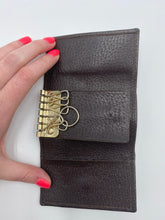 Load image into Gallery viewer, Gucci Vintage Web key holder