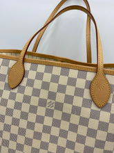 Load image into Gallery viewer, Louis Vuitton Neverfull MM azur