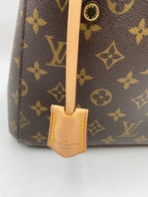 Load image into Gallery viewer, Louis Vuitton Montaigne BB monogram with strap
