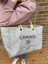 Load image into Gallery viewer, Chanel Deauville Large Chain tote