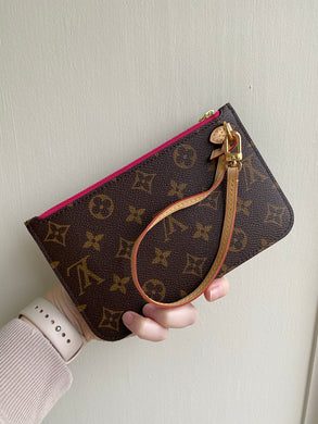 Louis Vuitton Neverfull PM pouch monogram with pink