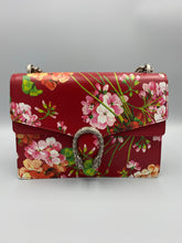 Load image into Gallery viewer, BRAND NEW Gucci Medium Dionysus Blooms Shoulder bag