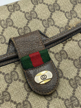 Load image into Gallery viewer, Gucci Vintage Web flap bag
