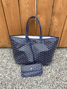 Goyard St. Louis PM dark blue tote with pouch