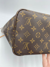 Load image into Gallery viewer, Louis Vuitton Neverfull MM monogram w/ pink interior