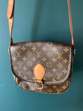 Load image into Gallery viewer, Louis Vuitton Saint Cloud GM monogram crossbody