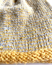 Load image into Gallery viewer, besser. mini stripe beanie argan & ozone