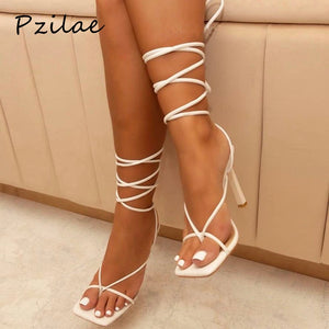 Vintage Criss Cross - High Heels