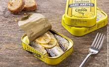 Load image into Gallery viewer, Premium Boneless Whole Sardines with Virgin Olive oil and Lemon (115g)