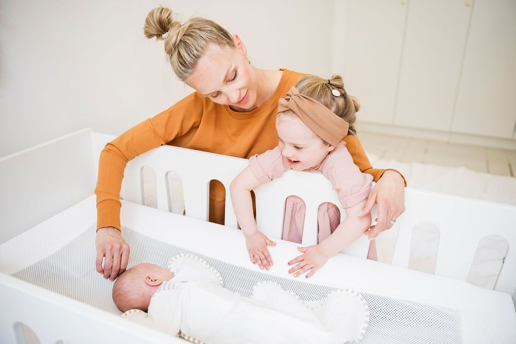 LullaMe Solina 2 in 1 - automated rocking and airy mattress for cot - LullaMe