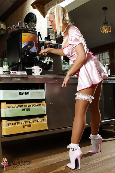 Hello Kitty Waitress-Photo Downloads-Carrie LaChance