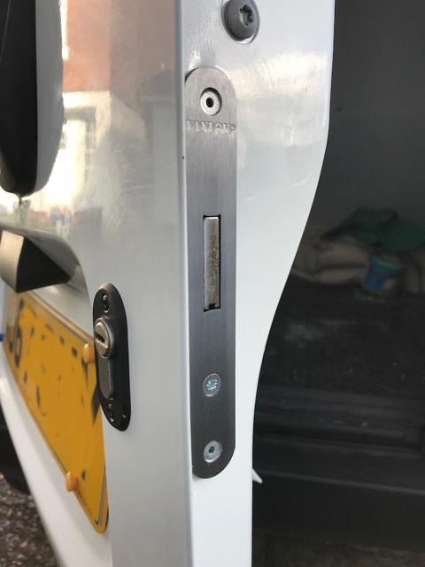 Citroen Nemo rear door deadlock