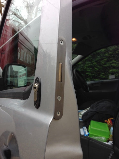 Citroen Dispatch cab door deadlock