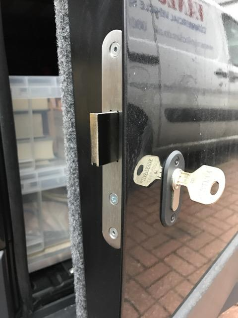 Citroen Relay glazed rear door deadlock
