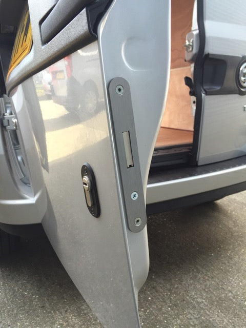 Fiat Doblo rear door deadlock