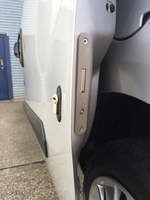 Fiat Doblo sliding door deadlock