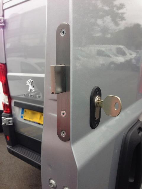 Fiat Ducato rear door deadlock