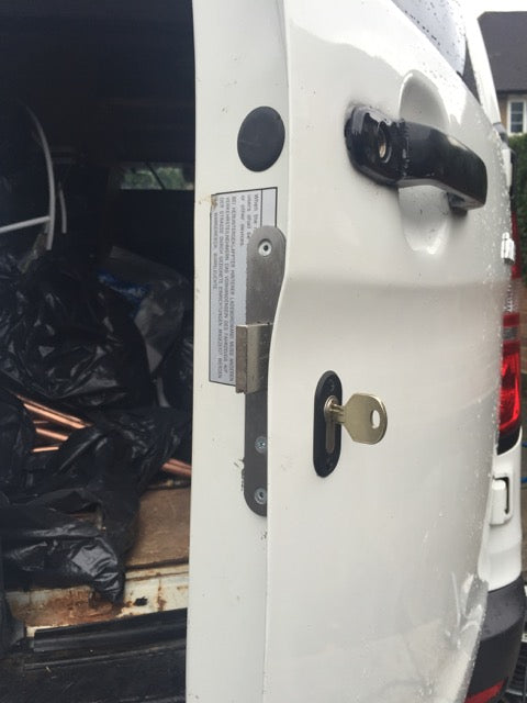 Hyundai i-Load Deadlocks