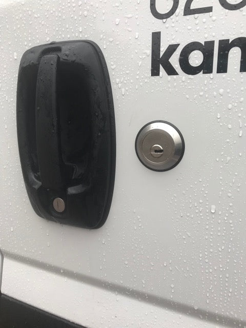 New Iveco Daily rear door slamlock