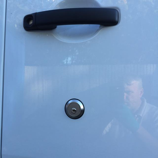 Nissan NV400 rear door slamlock