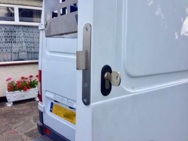 Mercedes Sprinter 95 rear door deadlock