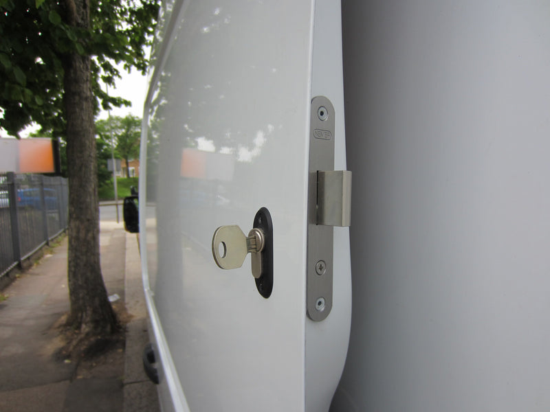 Renault Master sliding door deadlock