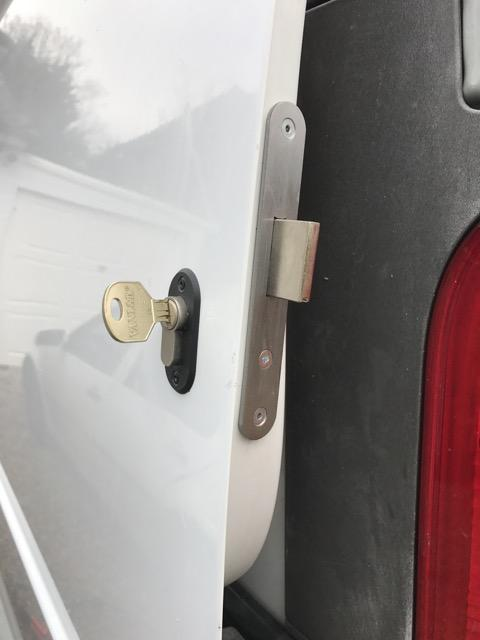 Renault Trafic sliding door deadlock