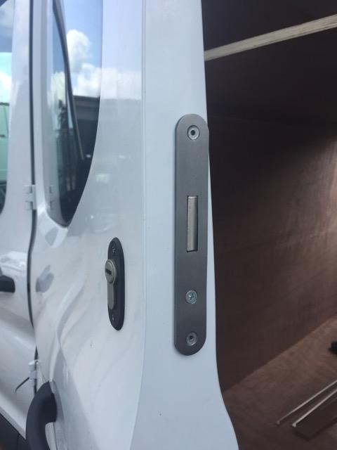 Ford Transit Mk8 crewcab tipper deadlocks